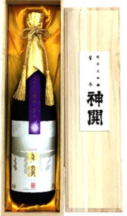 fujimoto-shisui-rare-japanese-sake-in-box-with lid